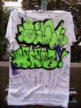 ai75.photobucket.com_albums_i318_poochyjames_100_2347.jpg