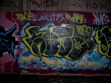 ai75.photobucket.com_albums_i318_poochyjames_100_2370.jpg