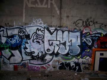 ai75.photobucket.com_albums_i318_poochyjames_100_2383.jpg