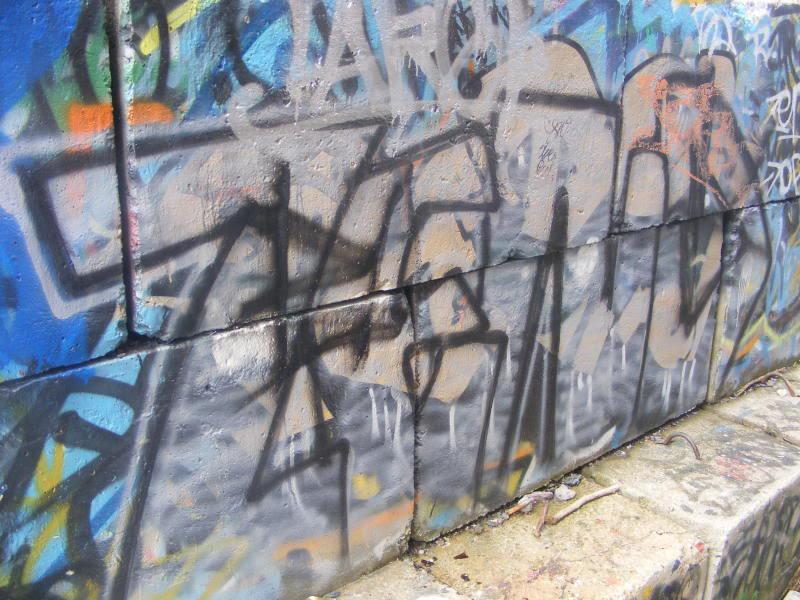 ai381.photobucket.com_albums_oo257_CaNaDuH905_DSCF1637.jpg