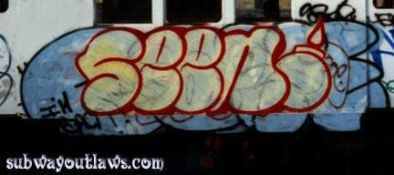 awww.subwayoutlaws.com_Hot110_seen_over_cometcopy.jpg