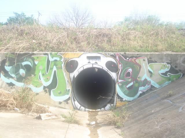 ai3.photobucket.com_albums_y55_flomar_____DSC06451.jpg
