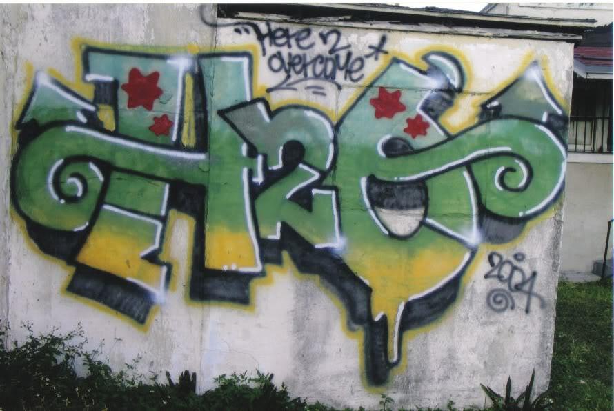 ai261.photobucket.com_albums_ii58_drgizmo2008_h2o.jpg