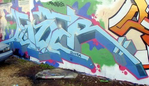 ai261.photobucket.com_albums_ii58_drgizmo2008_fuzer.jpg