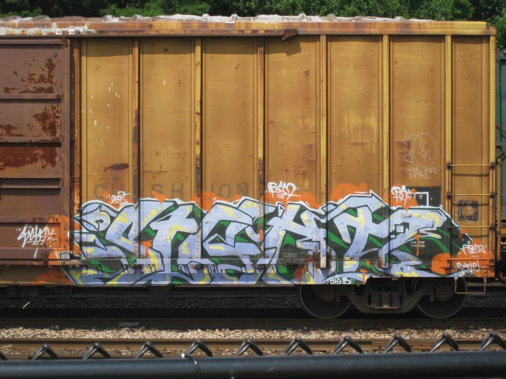 ai260.photobucket.com_albums_ii37_comatoastoner_bench_IMG_1494.jpg