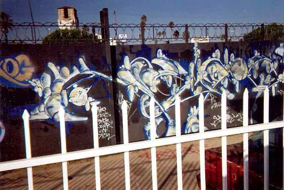awww.graffiti.org_la_augs_pico.jpg