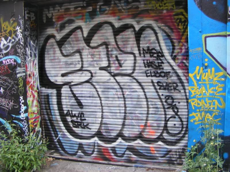 ai381.photobucket.com_albums_oo257_CaNaDuH905_DSCF1878.jpg