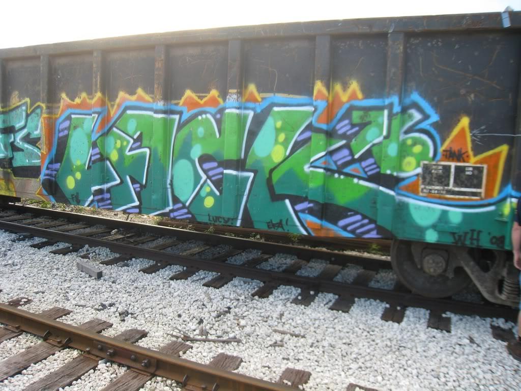 ai713.photobucket.com_albums_ww132_cdix1983_27850459.jpg
