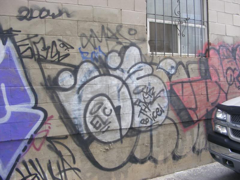 ai381.photobucket.com_albums_oo257_CaNaDuH905_DSCF1906.jpg