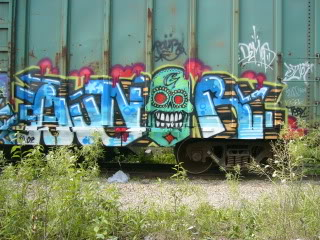 ai830.photobucket.com_albums_zz223_t_mski_hungrpour.jpg