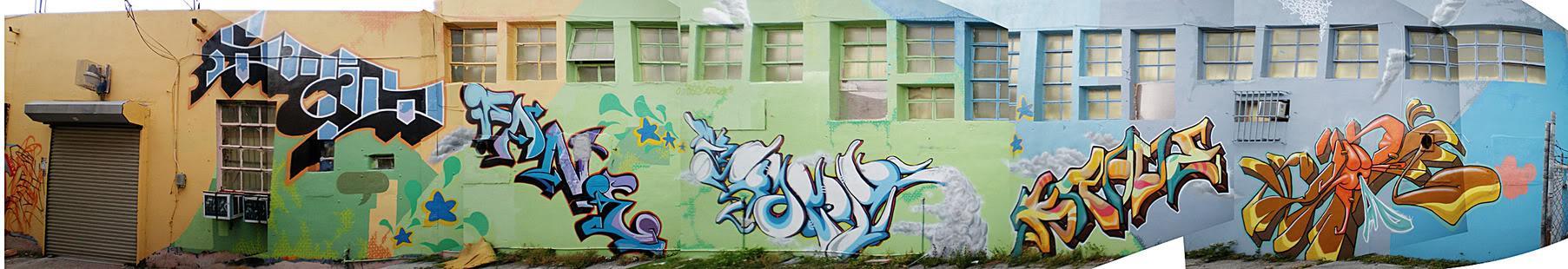 ai17.photobucket.com_albums_b93_fane397_Graffitti_kravewall.jpg