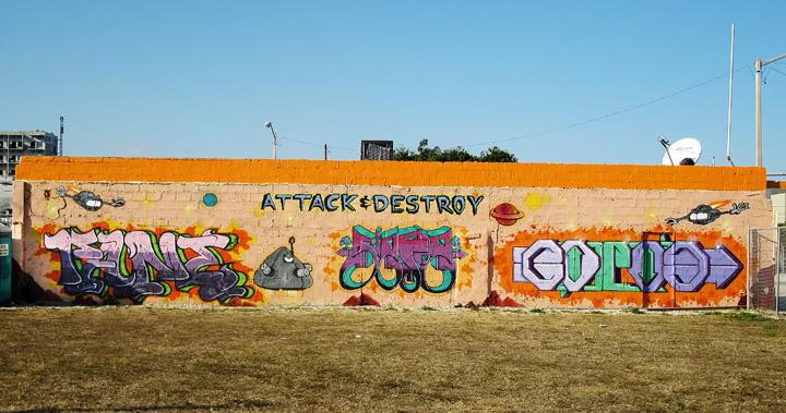 ai17.photobucket.com_albums_b93_fane397_Graffitti_AttackDestroyProduction.jpg