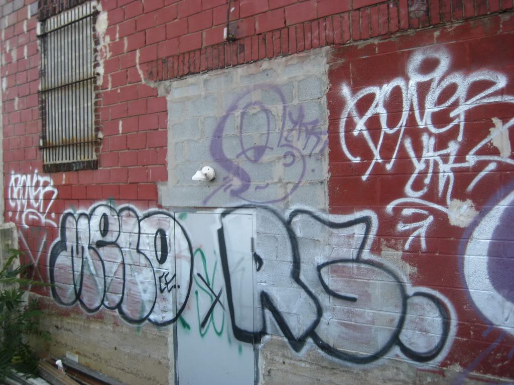 ai13.photobucket.com_albums_a295_HISTORY_ICEBERG_IMG_3510.jpg