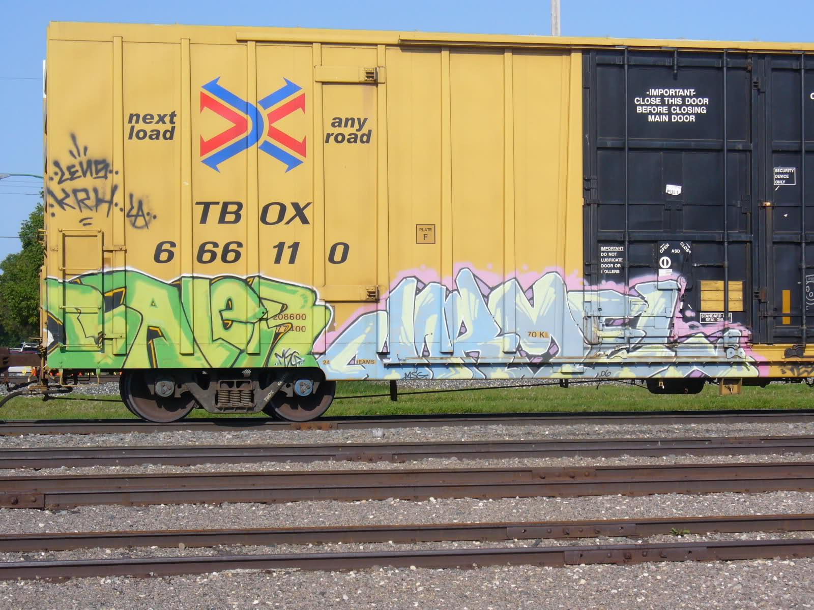 ai31.tinypic.com_2ry2fig.jpg