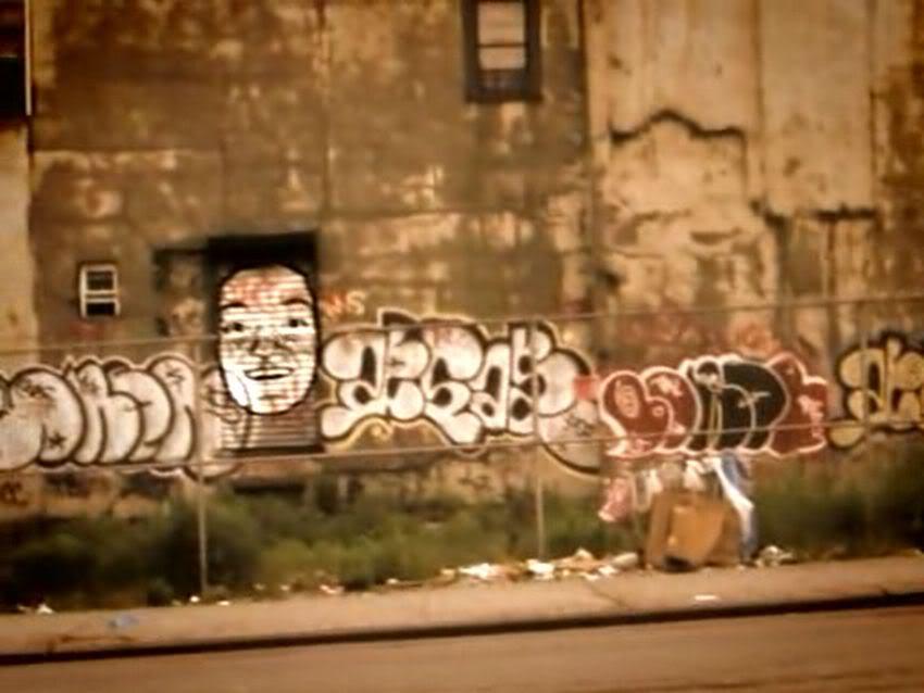 ai13.photobucket.com_albums_a295_HISTORY_ICEBERG_vlcsnap_1548227.jpg