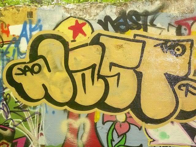 ai37.tinypic.com_2m7wyt5.jpg
