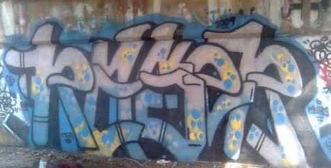 ai50.tinypic.com_2regmtf.jpg