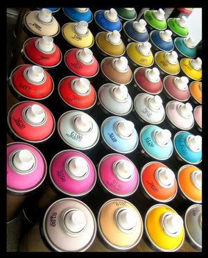 ai254.photobucket.com_albums_hh111_Judy49_photo_GRAFFITI____Cans_of_Spray_Paint____by_short_.jpg