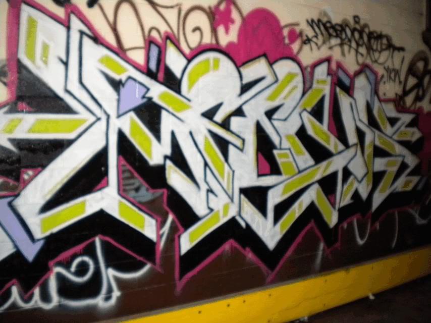 ai691.photobucket.com_albums_vv278_slimizhere15_mene.jpg