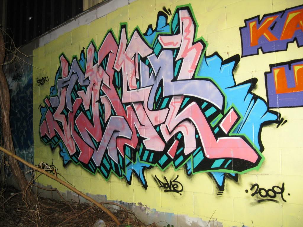 ai292.photobucket.com_albums_mm35_ruseone_Picture014.jpg