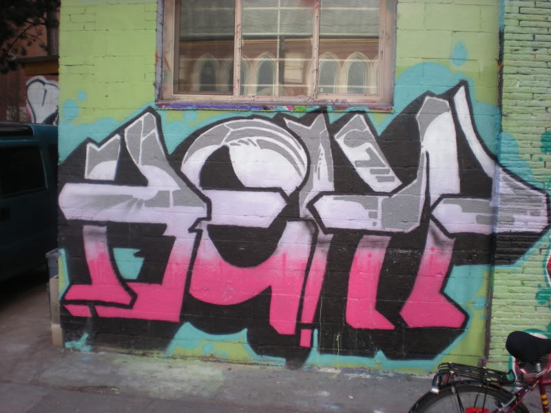 ai20.photobucket.com_albums_b250_Ryizzle2_Graffism_DSCN3230.jpg