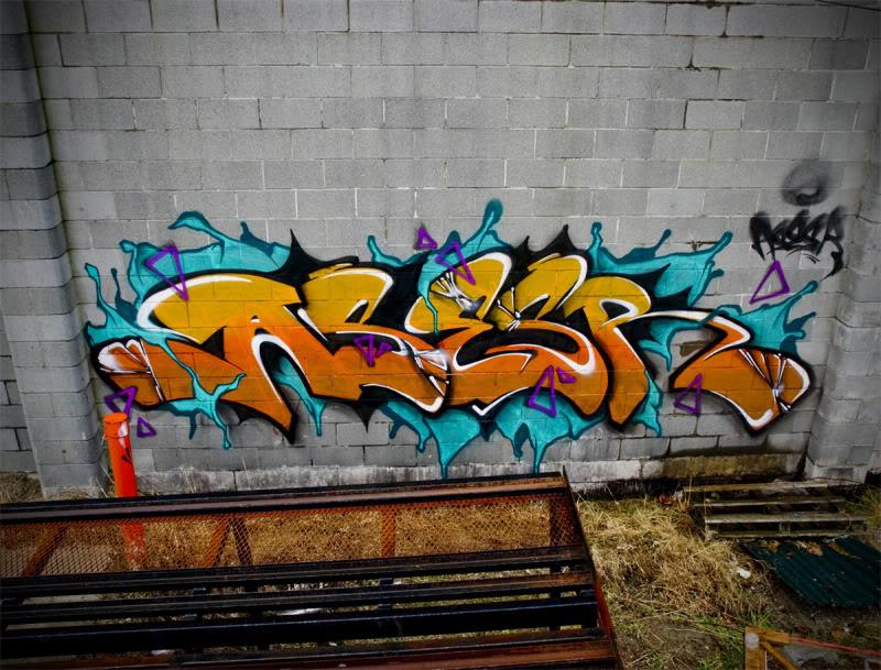 ai107.photobucket.com_albums_m283_asesr_Painting_20__20Canada_Asesr_outside_Warehouse.jpg