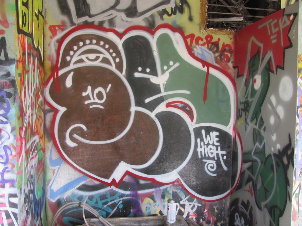 afarm5.static.flickr.com_4010_4310532696_02574e8876_b.jpg
