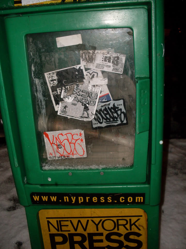 ai693.photobucket.com_albums_vv298_thisweekinvandalism_newyorkPRESS.jpg