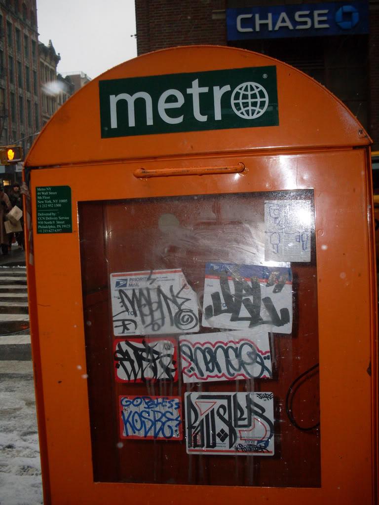 ai693.photobucket.com_albums_vv298_thisweekinvandalism_fauststicker11.jpg