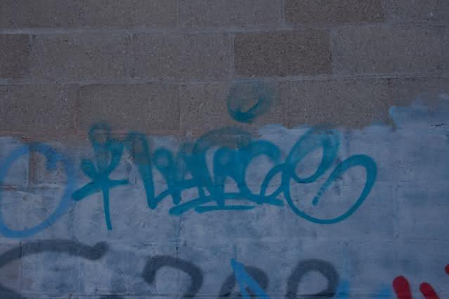ai48.tinypic.com_2u7yal2.jpg