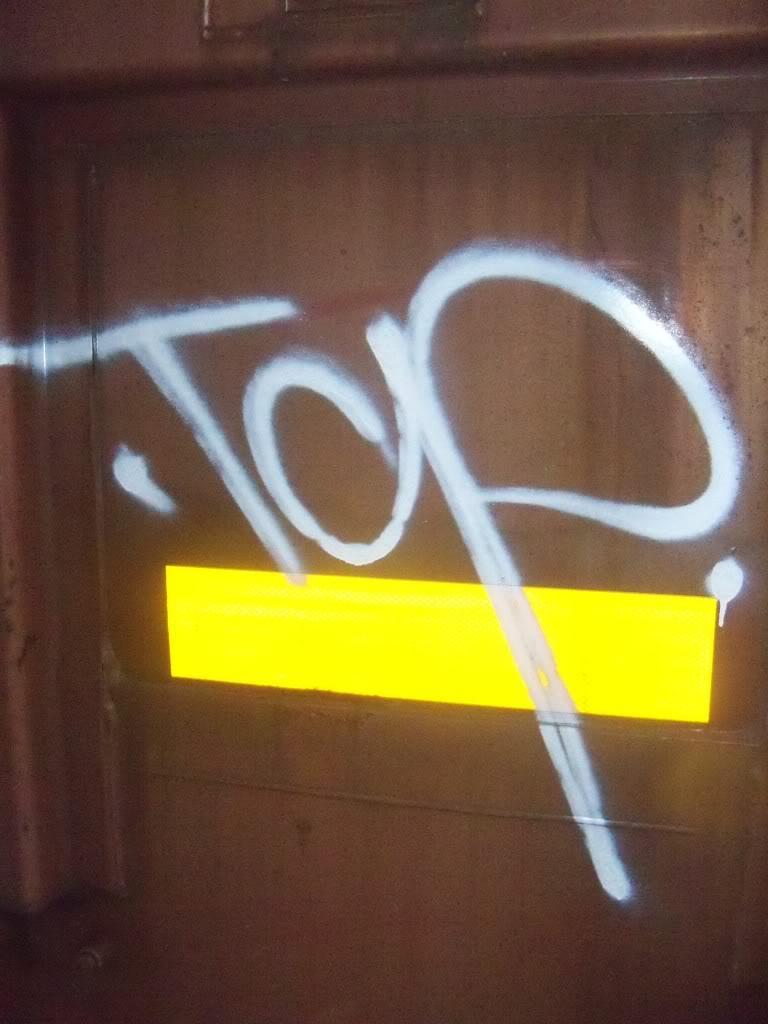ai1009.photobucket.com_albums_af214_TROUBLE3O5_Graff_100_1198.jpg