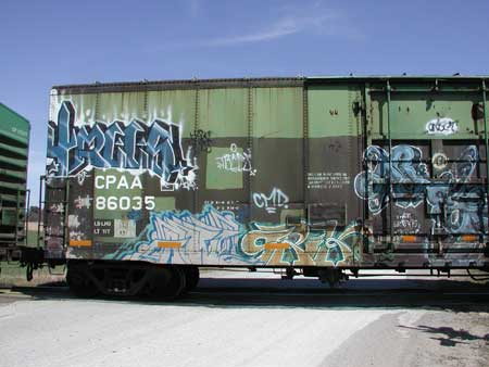 awww.model_railroad_infoguy.com_images_L_graffiti_CPAA86035.jpg