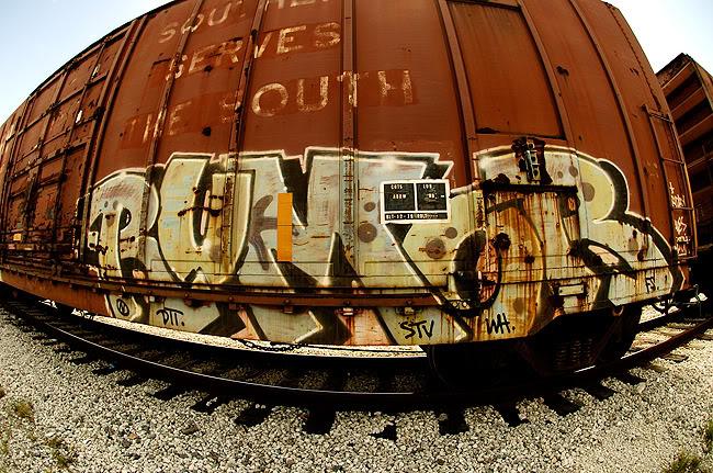 ai2.photobucket.com_albums_y28_lykeomgwtfbbq_rumor.jpg
