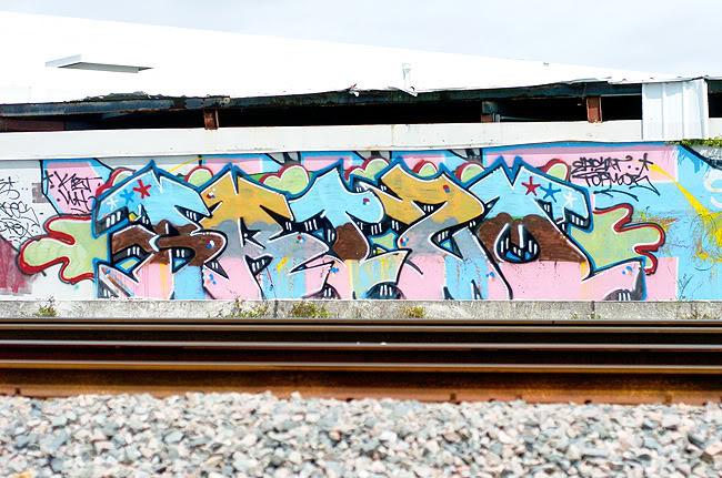 ai2.photobucket.com_albums_y28_lykeomgwtfbbq_brizo_glades.jpg