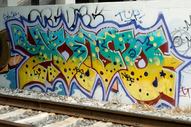 ai2.photobucket.com_albums_y28_lykeomgwtfbbq_yuno_glades.jpg