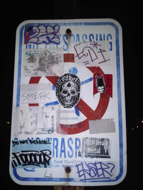 ai23.photobucket.com_albums_b359_bighomeless_FTL111.jpg