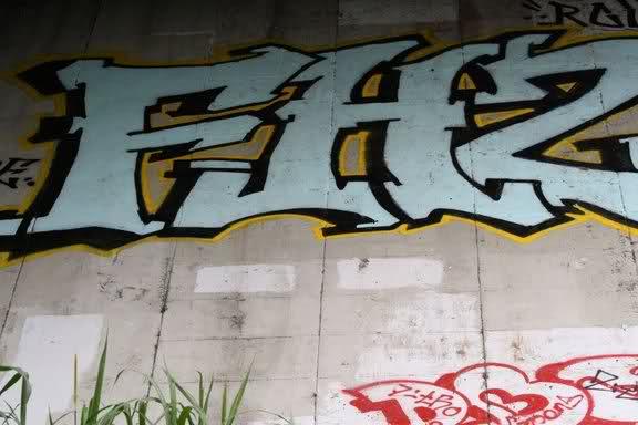 ai26.tinypic.com_6pcndl.jpg
