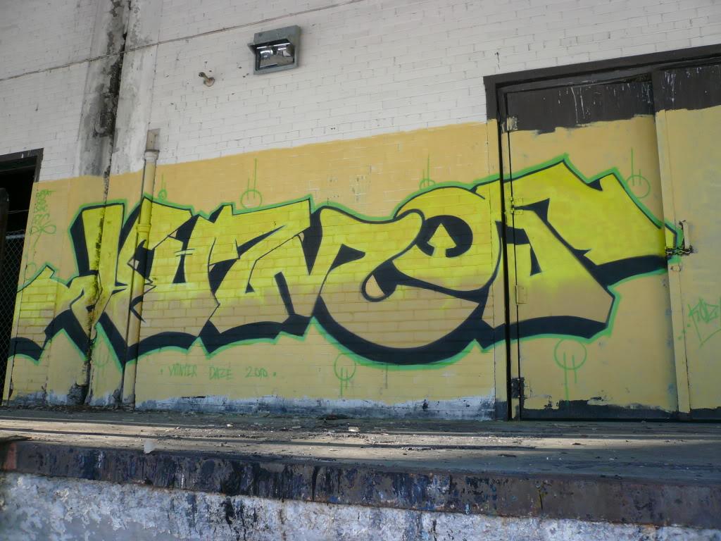 ai826.photobucket.com_albums_zz188_flickinator77_koz_P1090387.jpg