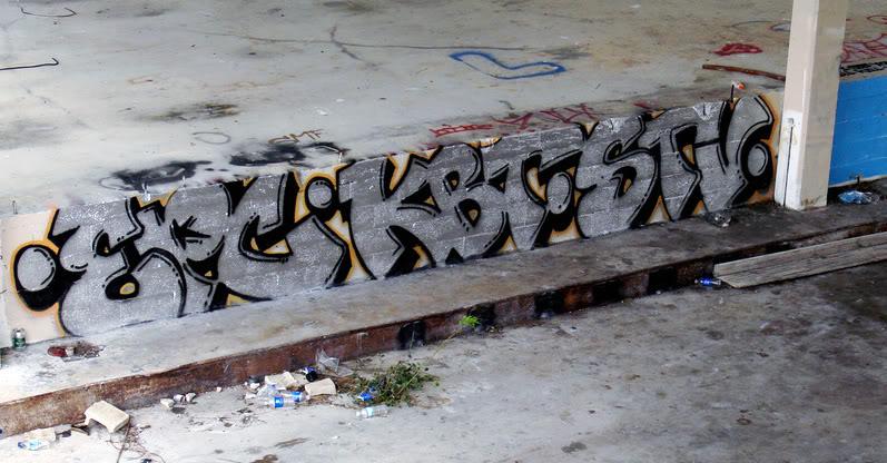 ai854.photobucket.com_albums_ab104_VL1SAP_kbt.jpg