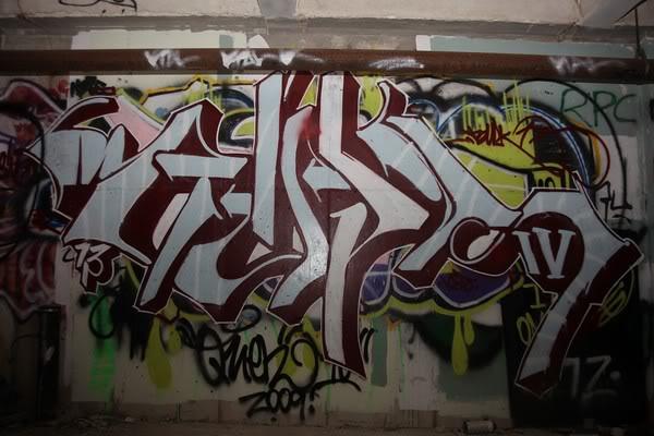 ai810.photobucket.com_albums_zz24_someonesdirt_934794863_a9d83_M1.jpg