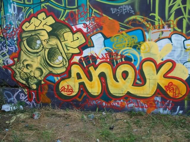 ai558.photobucket.com_albums_ss24_ehso_album_100_1117.jpg
