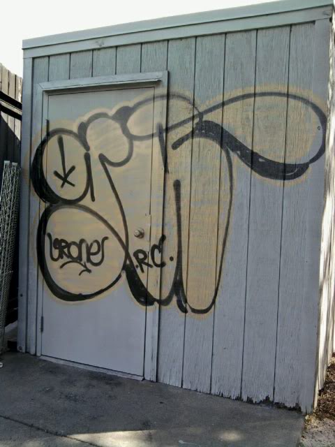 ai920.photobucket.com_albums_ad50_steelbench_gr.jpg