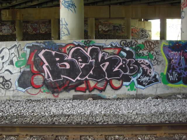 ai55.tinypic.com_m8pgxv.jpg