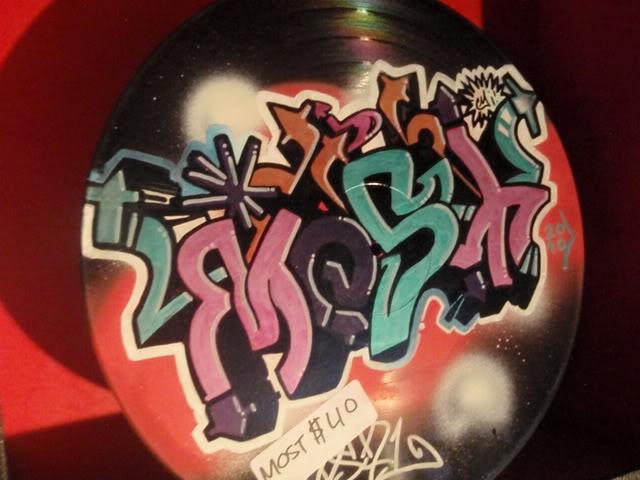 ai835.photobucket.com_albums_zz276_headzupfanzine_P9110015.jpg