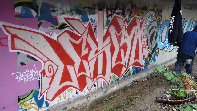 ai135.photobucket.com_albums_q148_keepsicks_7_2.jpg