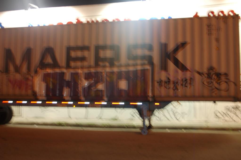 ai1009.photobucket.com_albums_af214_TROUBLE3O5_ART_20BASEL_2010_ARTBASEL176.jpg