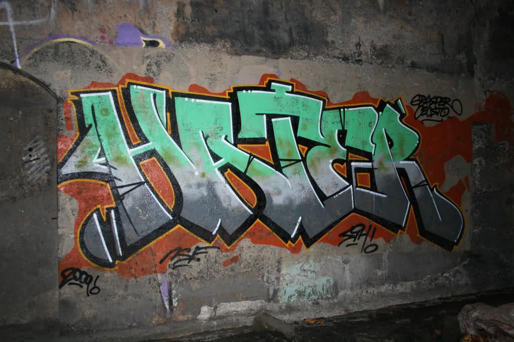 ai56.tinypic.com_346me7l.jpg