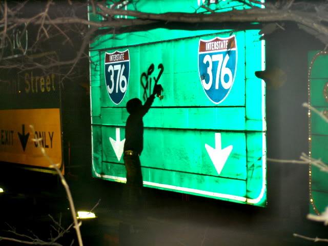 aimg.photobucket.com_albums_v208_chaotic_kidd_streetsign2.jpg
