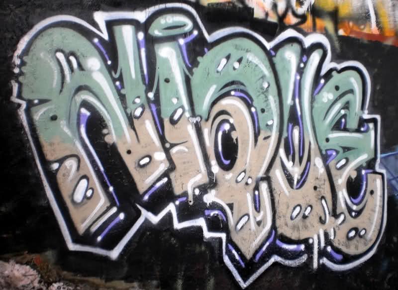 ai55.tinypic.com_2m81i5y.jpg