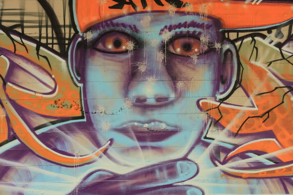 ai835.photobucket.com_albums_zz276_headzupfanzine_IMG_0626.jpg